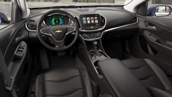 2016 Chevy Volt interior