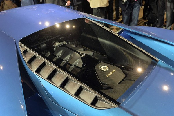 2017 Ford GT engine