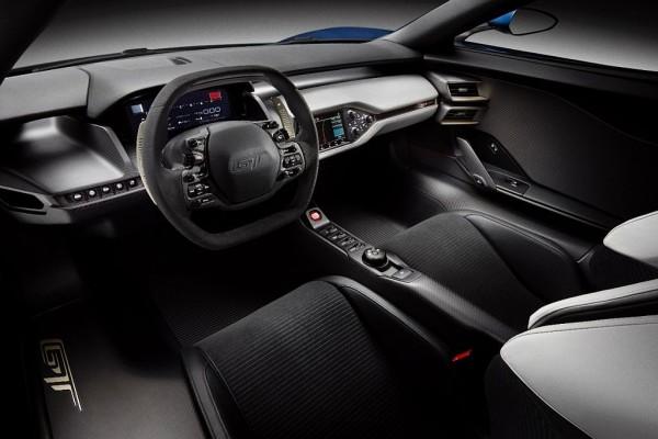 Ford GT 2017 interior