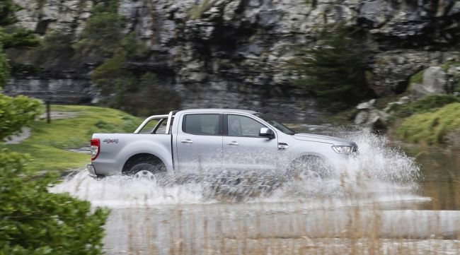 2016 Ford Ranger Water Side View