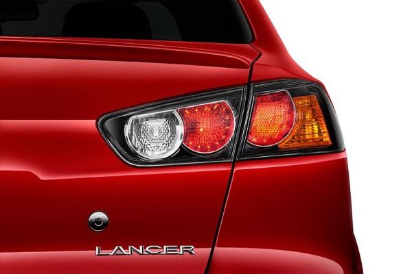 2016 Mitsubishi Lancer evolution release date
