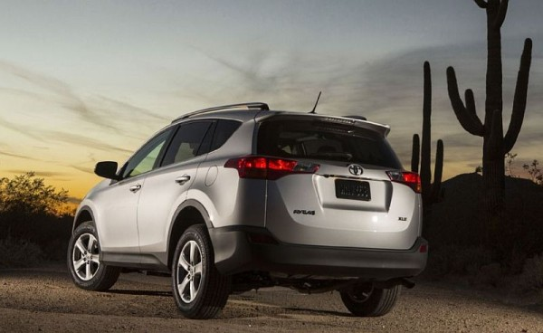 Toyota RAV4 Hybrid 2016 price reviews, mpg, specs, redesign