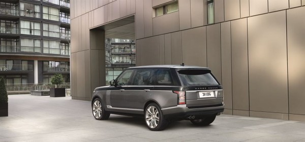 Range Rover SVAutobiography 2016 luxury SUV review