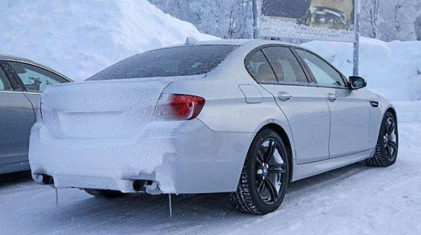 2017 BMW M5 specs, price, changes