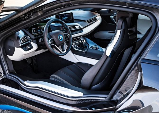 2017 BMW M8 Interior