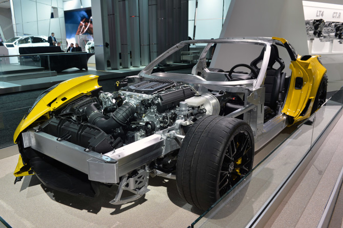 2016 Chevrolet Corvette Z06 C7.R Engine