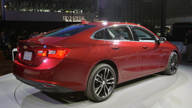 2016 Chevrolet Malibu Hybrid Rear and Right Side View