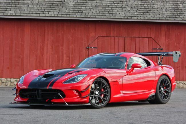 2016 Dodge Viper ACR Side