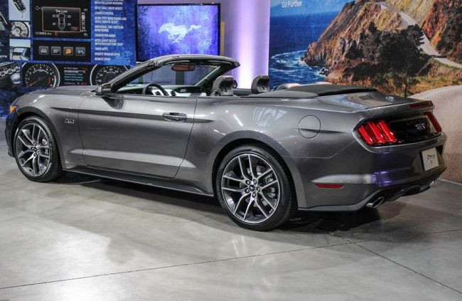 2016 Ford Mustang Convertible Exterior