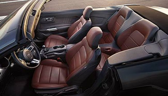 2016 Ford Mustang Convertible Interior