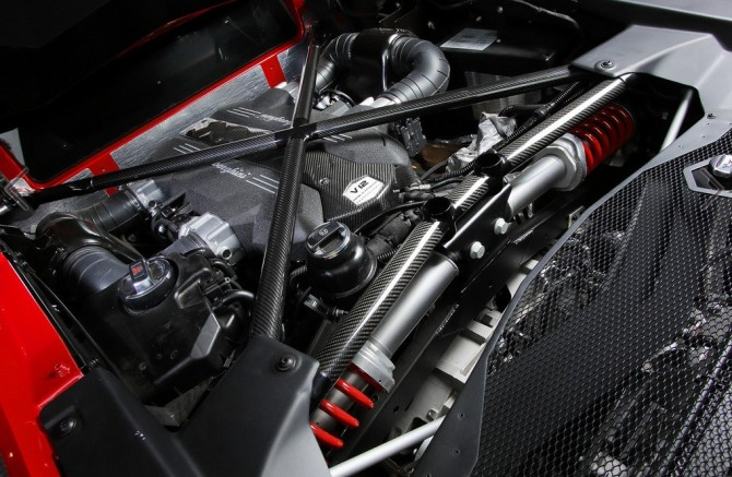 2016 Lamborghini Aventador Engine
