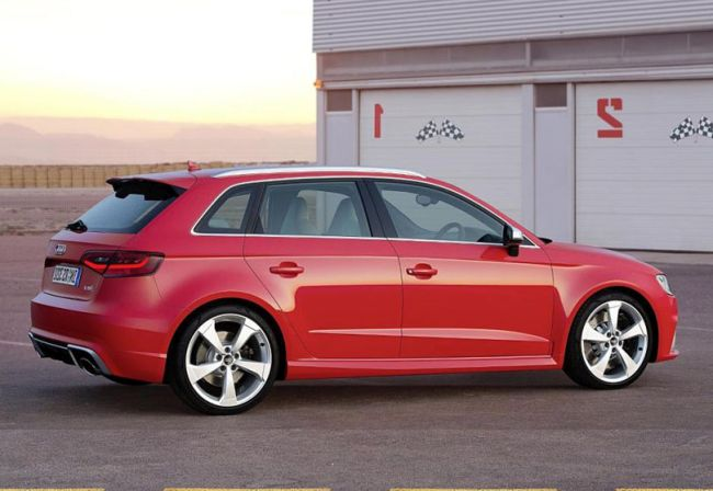2016 Audi RS3 Sportback Side View