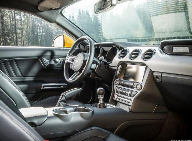 2016 Ford Mustang EU-Version Interior