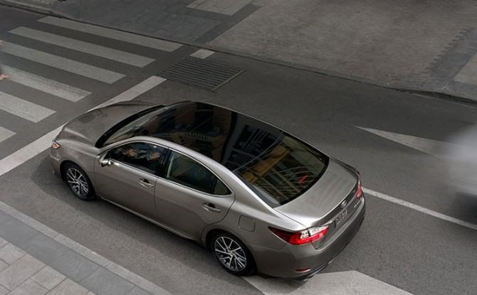 2016 Lexus ES 350 3