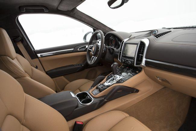 2017 Porsche Cayenne Dashboard