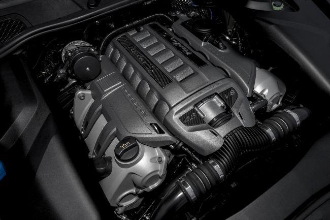 2017 Porsche Cayenne Engine