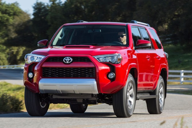 2017 Toyota 4Runner On the road