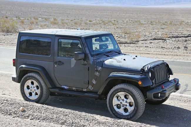 2018 Jeep Wrangler Right Front Side