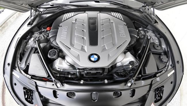 2015 BMW X7 Engine