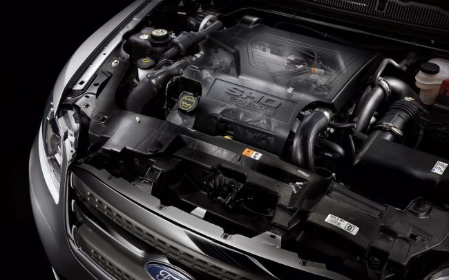 2016 Ford Taurus Engine 2