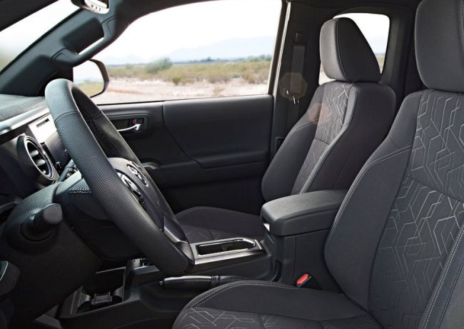 2016 Toyota Tacoma TRD Off Road 4x4 Interior